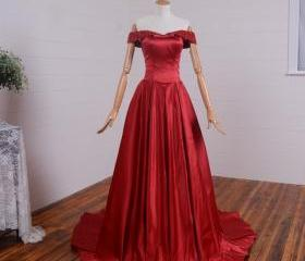 Long Red Satin Forma..