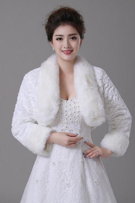 Long Sleeve Women Coat White Fashion Winter Red Wrap Scarf Stole With Faux Fur Collar for Wedding Dresses
