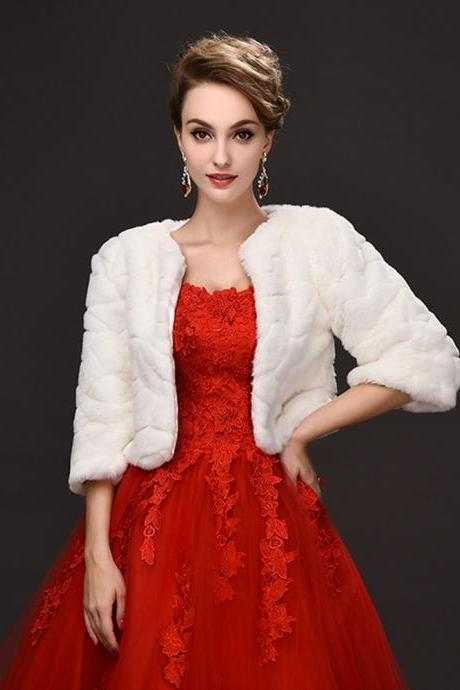 2017 Warm Winter Women Coat Charming Long Sleeve Bridal Cape Jacket Ponchos Wrap Sweater