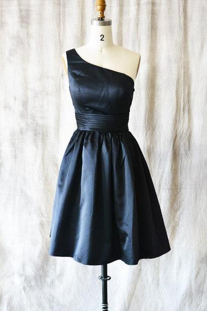 One Shoulder Navy Blue Satin Homecoming Dresses With Ruched Waistline Simple Short Prom Dresses Mini Dresses