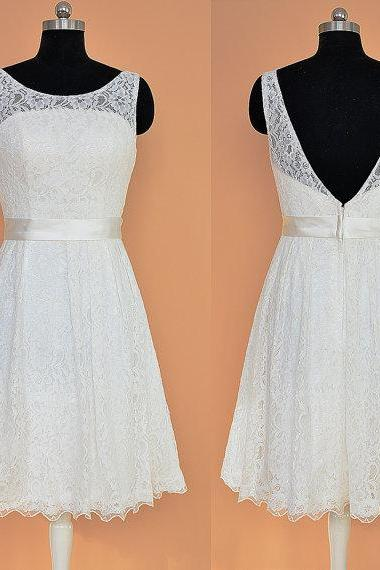 White Lace Homecoming Dresses Scoop Neck V Neck Short Prom Dresses With Belt Sexy Mini Dresses