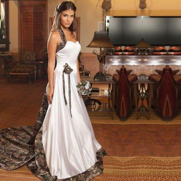 2016 New Arrival Chapel Train Camo Wedding Dresses With Halter Neck Long Satin Bridal Gown Cusom Made Vintage Women Dresses Wedding Gowns