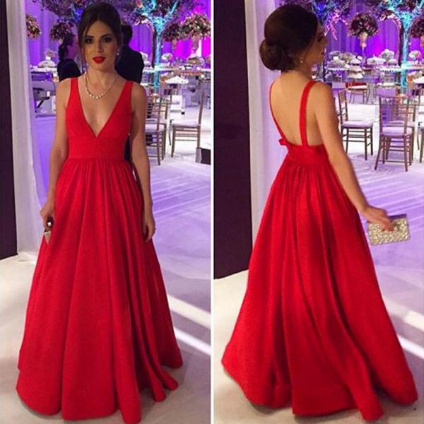 Red Floor Length Satin Formal Dresses Featuring V Neck And Spaghetti Straps Long Elegangt Evening Party Gowns